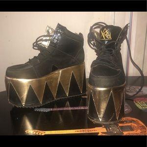 YRU Gold/Black Platforms Shoes